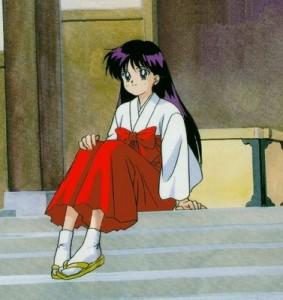 Rei Hino vestida como Miko